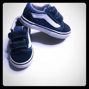 Vans old school sneakers size 5